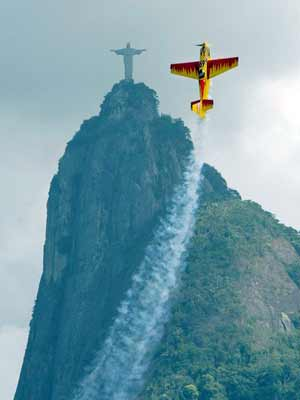 Airplane Imitating Christ the Redeemer
