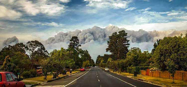 New South Wales, Australia Fires, Katoomba on the road to Blackheath