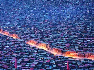 Larung Gar, China