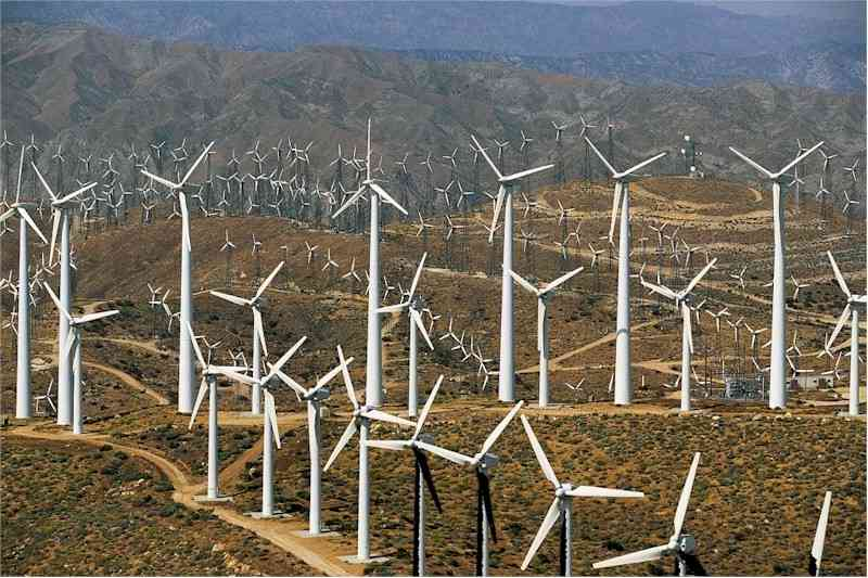 Windmills of Banning Pass, near Palm Springs, California, United ...