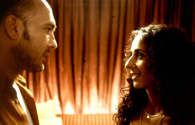 Talk To Her [Hable Con Ella].2002.DVDRip.XviD-VLiS.avi