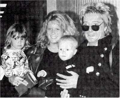 rachel hunter age. Rod Stewart with Rachel Hunter